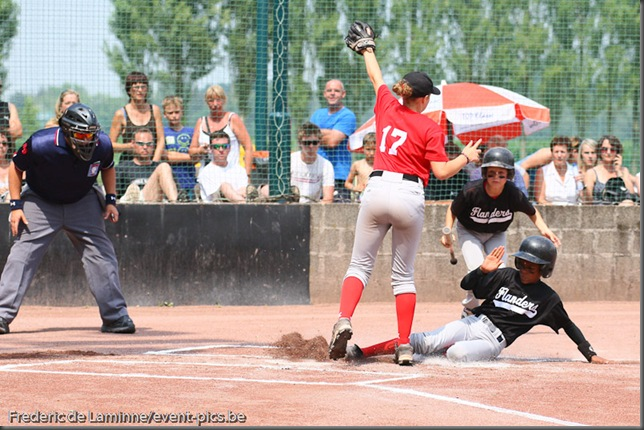2010 Belgian Little League Championships : Flanders East (red) - Flanders West. Flanders East is the  Little League 2010 Champions Belgium