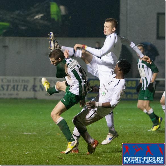 20121117 - Meux, Belgique. Football Promotion D : Match entre le RFC Meux et le RSFC Bièvre