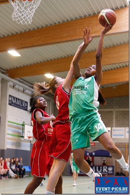Basketball Cadettes, 1/2 finales de coupe AWBB entre Namur Capitale et Sprimont. Victoire de Sprimont.Christelle LEMINEUR (8)  du Belfius Namur Capitale et ?