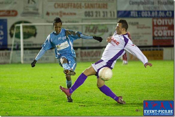 Football Belge D3, match de championnat entre Ciney et Maasmechelen. Charles DION (4)  du RUW Ciney.