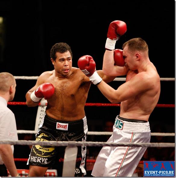 Boxe : Hervé Hubeaux - Gabor Fargas (Hongrie)